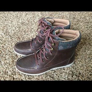 Boots Lace Up